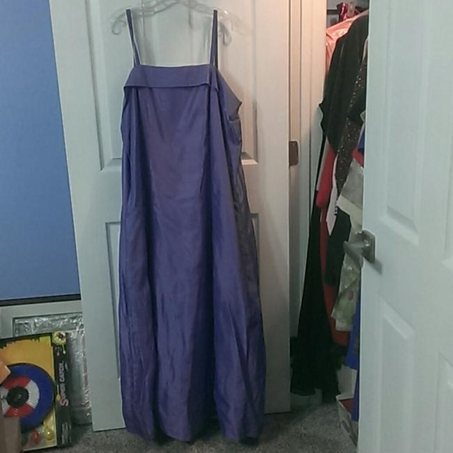 Lavendar For Or Proms with Spaghetti Straps and A Sash Formal Bridesmaid/Mob Dress Size 20 (Plus 1x) Lavendar For Or Proms with Spaghetti Straps and A Sash Formal Bridesmaid/Mob Dress Size 20 (Plus 1x) Image 1