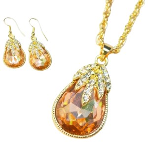 Freestyle Champagne Austrian Necklace giftset