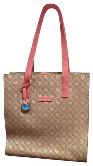 Preload https://img-static.tradesy.com/item/166601/dooney-and-bourke-beigepink-tote-0-0-540-540.jpg