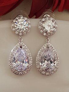 Romantic Bridal Tear Drop Earrings Rhodium Plated Pierced