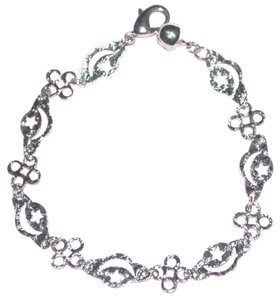 Freestyle Simple pretty white gold filled bracelet