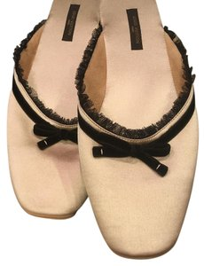 Louis Vuitton Slippers Satin Bows Beige Flats