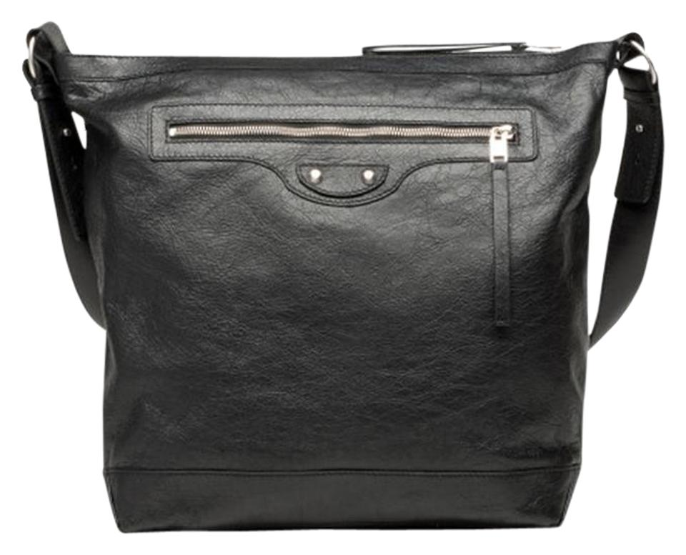 Balenciaga Arena Men s 272810 Black Leather Messenger Bag - Tradesy 11542496c