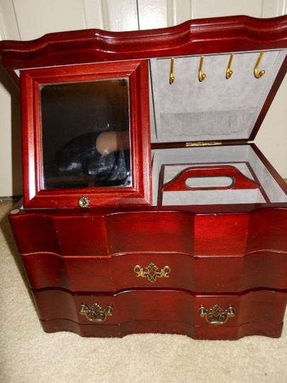 Other Solid wood jewelry chest