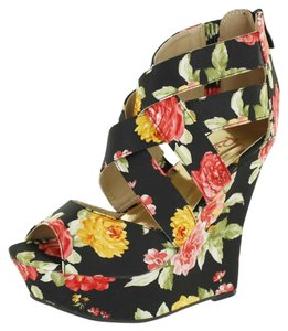 Red Circle Footwear Printed Fabric Sexy Fashionista Black Wedges