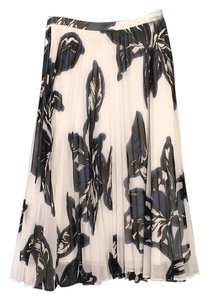 Banana Republic Skirt White, navy, black