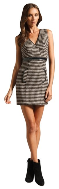 Preload https://item1.tradesy.com/images/plenty-by-tracy-reese-black-and-white-gardenia-stretch-houndstooth-inset-above-knee-short-casual-dre-1666800-0-0.jpg?width=400&height=650