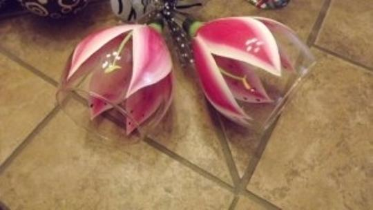 Pink and White Petals with Black and White Zebra Bottoms. Stargazer Lilly Wine Glasses