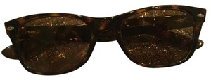 Ray-Ban Gently Used Ray Ban Classic New Wayfarer Sunglasses