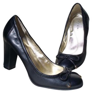 Tahari Bows Comfortable Heels Wear To Work Black Pumps