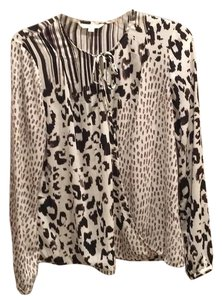 CAbi Top Black and white
