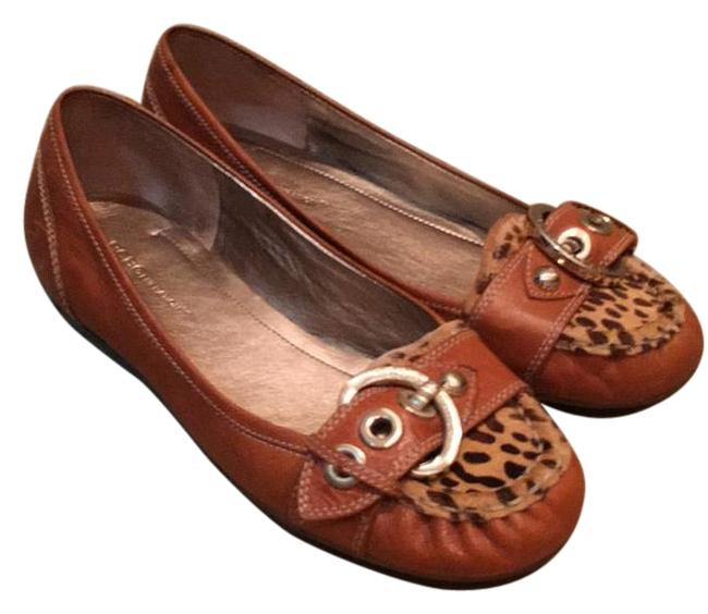 BCBGeneration Tan Flats Size US 8.5 Regular (M, B) BCBGeneration Tan Flats Size US 8.5 Regular (M, B) Image 1
