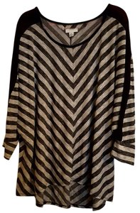 Ava & Viv Flowy Striped Plus-size Mesh Fall Top Grey and Black
