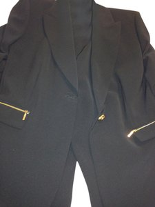 Tahari Tahari/Levine Woman's Black Pants Suit