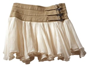 View Buckle Ruffle Mini Mini Skirt Khaki & Ivory