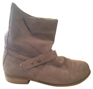 Ecote Flat Suede Grey Boots