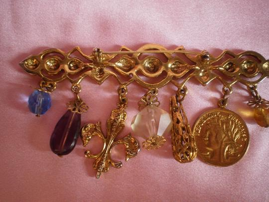 Other Like New Brooch w/Charms