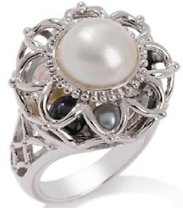 Victoria Wieck Victoria Wieck Cultured Mabe' Freshwater Pearl