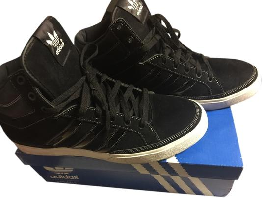 Preload https://item5.tradesy.com/images/adidas-black-and-white-athletic-1667649-0-0.jpg?width=440&height=440
