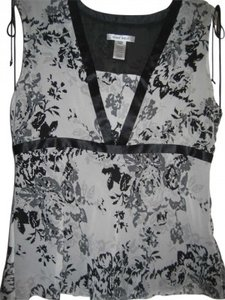 Nine West Top Black, White & Grey