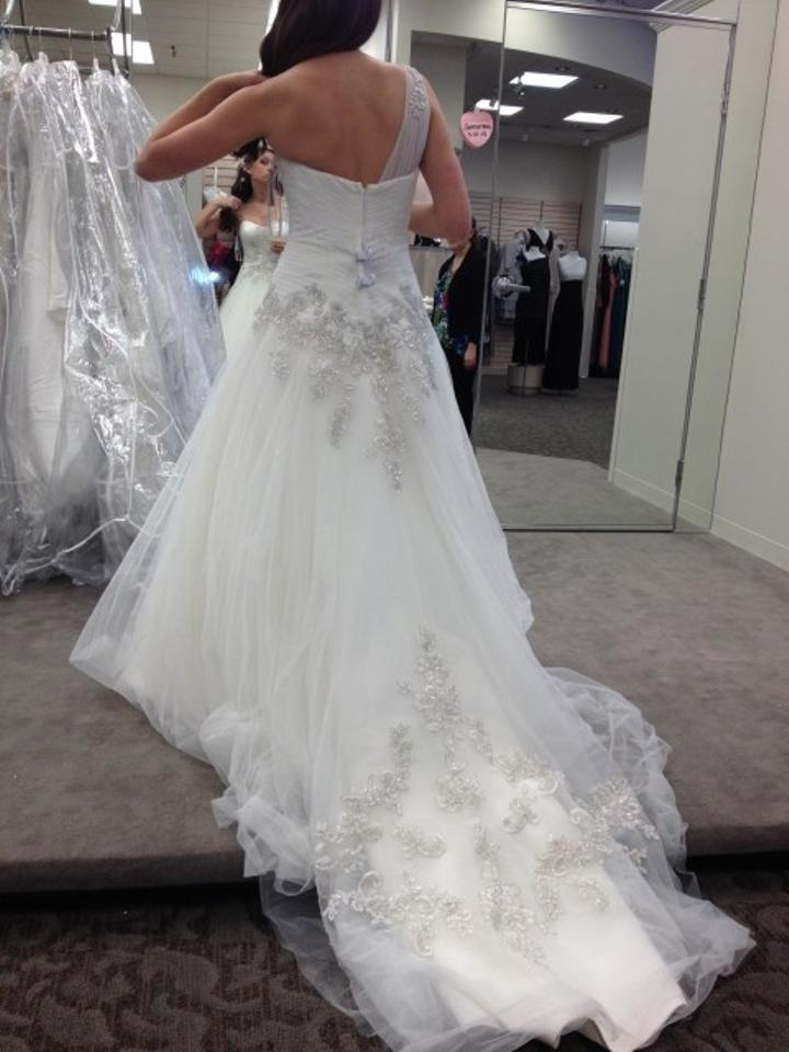 Oleg Cassini Ivory White Tulle and Lace One Shoulder Gown with ...