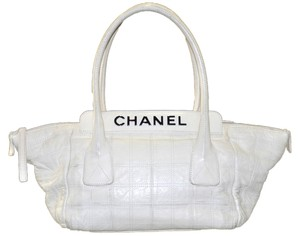Chanel Quilted Leather Square Stitched Leather Handbag Shoulder Bag