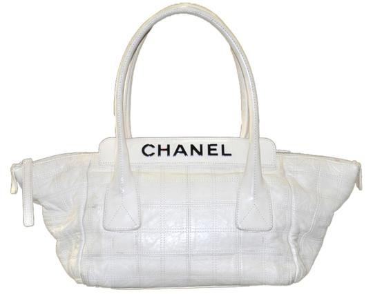 Chanel Quilted Leather Square Stitched Leather Hand Shoulder Bag