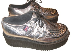 T.U.K Rockabilly Punk Creepers Chrome silver Platforms