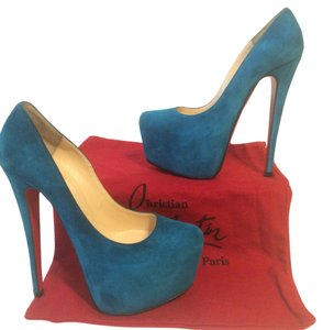 Christian Louboutin Turquise Pumps