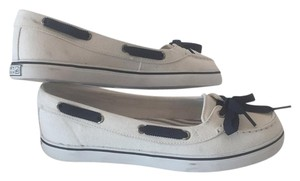Sperry White and navy Flats