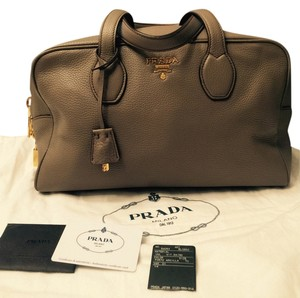 Prada Satchel in Argilla