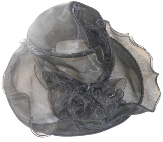 Preload https://item2.tradesy.com/images/other-black-organza-hat-1668771-0-0.jpg?width=440&height=440