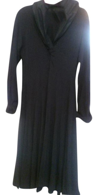 Item - Black Off with Shiny Collar Made In Italy Mid-length Work/Office Dress Size 10 (M)
