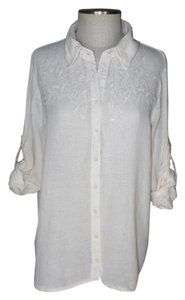Love Stitch Embroidered Button Front Poet Sleeves Top ivory