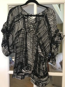 Parker Silk Date Top Black and White