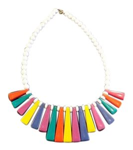 Retro Necklace Vintage Mod Retro Necklace, Plastic Bright Colors, Nice Sleek Design!