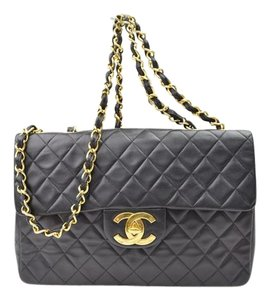 Chanel Maxi Classic Flap 2.55 Shoulder Bag