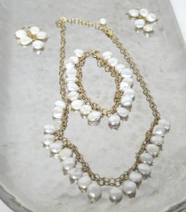 Stunning Freshwater Pearls Jewelry Set