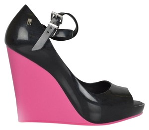 Melissa Eco-friendly Brazil Black & Pink Colorblock Sandals Black, Pink Wedges