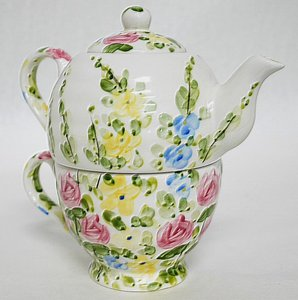English Garden By Tabletops Unlimited Tea Pot For One By Don Swanson