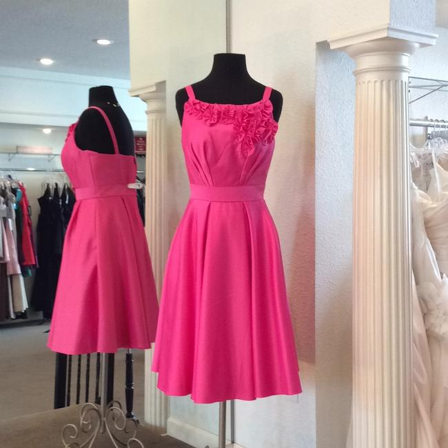 Item - Fuchsia Satin Formal Wedding Dress Size 8 (M)