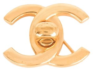Chanel Chanel Vintage Gold CC Logo Turnlock Brooch
