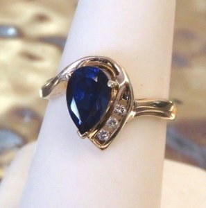 0k Gold Sapphire And Diamond Ring Size 6.5