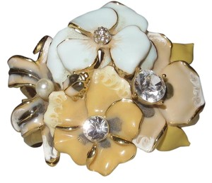 Kenneth Jay Lane Kenneth Jay Lane Floral Swarovski Bracelet