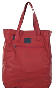 Gucci 308877 Gg Nylon Reversible Viaggio Tote in Red