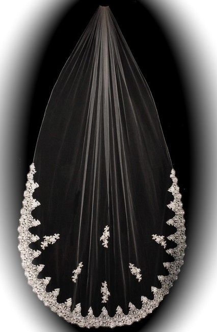Item - Ivory / White/Diamond / White Long Spectacular French Lace Cathedral Length - Special Bridal Veil