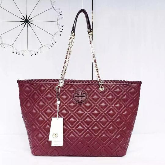 Tory Burch Marion Quilted Small East West In Red Agate