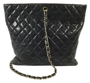 Chanel Canel Cc Quilted Shoulder Bag
