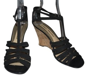 Audrey Brooke Black Sandals