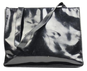 Chanel Patent Leather Coco Cc Logo Tote in Black